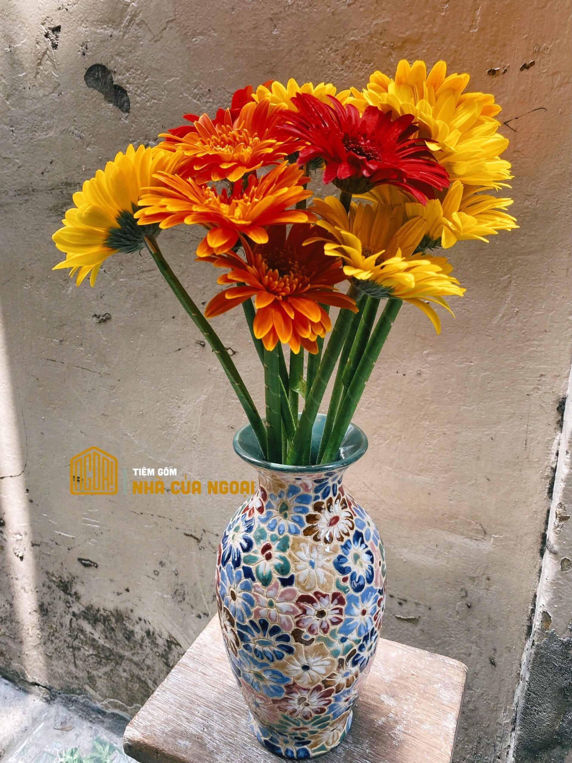 bình bách hoa nhỏ